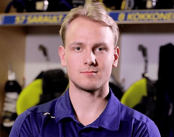 Kuvassa Jukurit-pelaaja Mikko Kokkonen